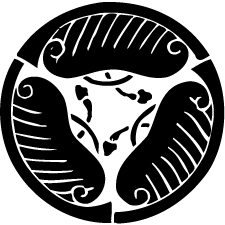 三つ割り房付き唐団扇紋