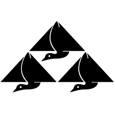 三つ鱗鶴紋