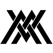 三つ組み違い山形紋