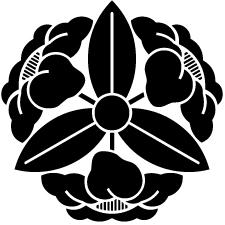 三つ椿車紋
