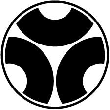 糸輪に三つ割り蛇の目紋