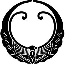 月形浮線蝶紋