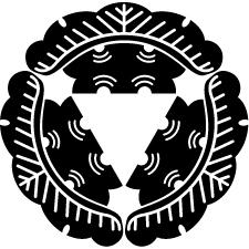 雪持ち三つ松紋