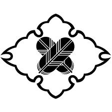 雪輪菱に違い鷹の羽紋
