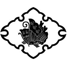 雪輪菱に揚羽蝶紋