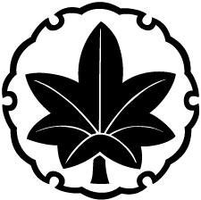 雪輪に楓紋