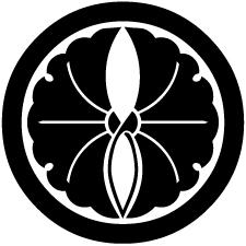 丸に抱き銀杏紋